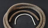 Filzstreifen und Kordeln
